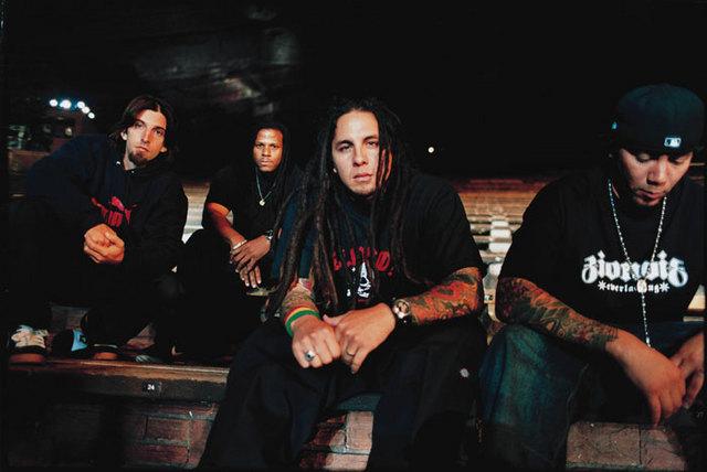 Kuva P.O.D.-bändistä
